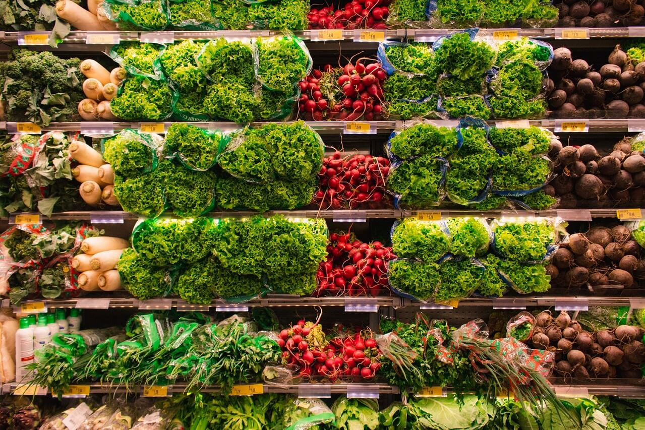 4 Ways Grocers Can Improve Outreach to Affluent Food Shoppers