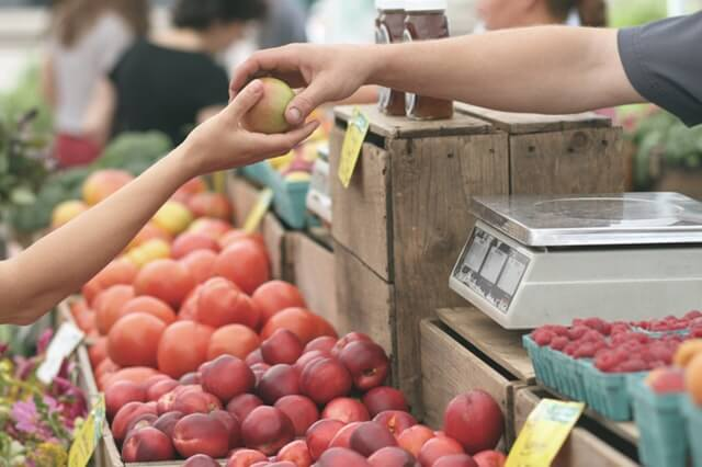 Food Trend to Watch: Retailers Create Online Marketplaces, Collaborate with Local Producers
